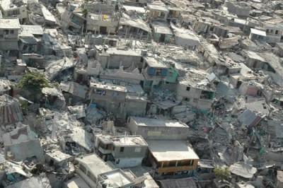 HaitiSéismeMaisonsDetruites3©VincenteRaimundo@Echo100113