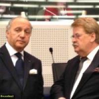 La livraison des armes à la coalition syrienne : compliquée (Fabius)