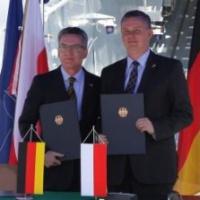 Berlin et Varsovie se marient en mer. De la formation à l'industrie
