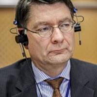 Renforcer le renseignement et le cyberespace européens (Dell'Aria)