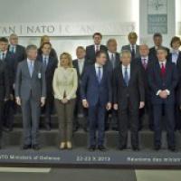 L'OTAN au milieu du gué. La petite musique française