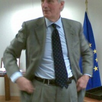 Michel Barnier revient comme «pilier» Défense pour la Commission Juncker