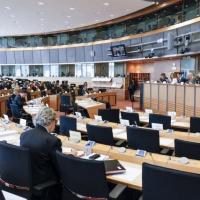 Le PE, préoccupé des réductions des budgets de défense, demande des initiatives (rapport Gomes)