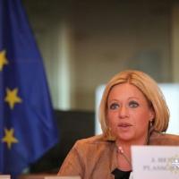 Jeanine Hennis-Plasschaert (Pays-Bas) : Définir une nouvelle stratégie et des objectifs réalistes