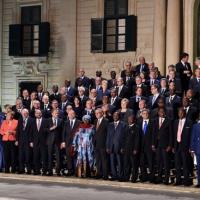 Europe et Afrique s'entendent sur un plan d'action sur les migrations au sommet de La Valette (maj)