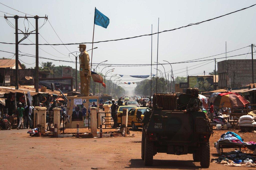 Une patrouille de Sangaris à Bangui (crédit : DICOD/EMA, janvier 2016)
