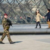 La France révise à la hausse ses effectifs de sécurité