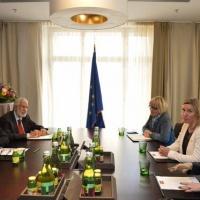 Le Premier ministre libyen demande l'aide de l'UE. Les 28, à peu près, satisfaits (maj)