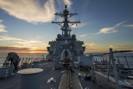 Un destroyer Aegis à La Rota en Espagne (crédit : US Navy)