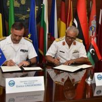 Un mémorandum d'accord signé entre EUNAVFOR Med et la garde-côte libyenne (V2)