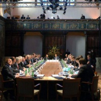 2005. Le sommet de Hampton Court donne un coup de fouet aux structures de la PESD