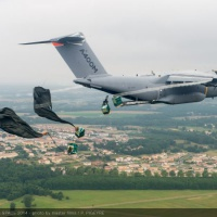 Les États maintiennent les pénalités pour l'A400M mais annoncent une possible flexibilité
