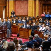La difficile tournée de Mogherini dans les Balkans