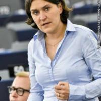 Le Parlement veut revoir les relations avec la Turquie