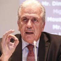 Le commissaire Avramopoulos appelle les pays à déclencher un nouveau programme de réinstallation (V2)