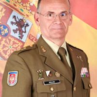Un général espagnol devrait prendre la tête d'EUTM Mali. Portrait