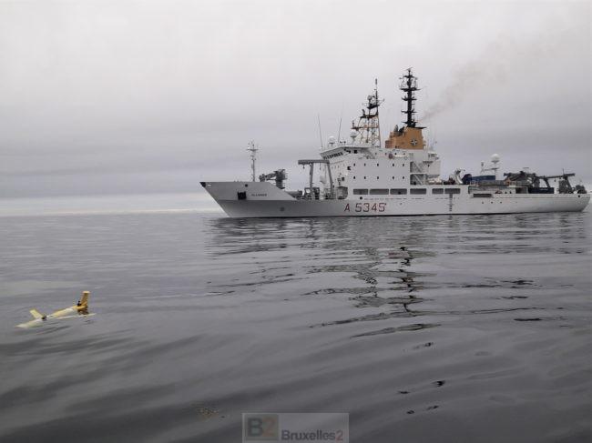 L'Alliance, navire de recherche de l'Otan, teste des drones sous-marins dans le grand Nord