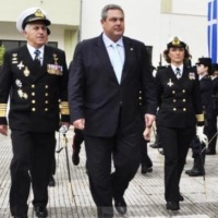 Grèce : le ministre de la Défense Panos Kammenos démissionne. Le chef d'état-major le remplace