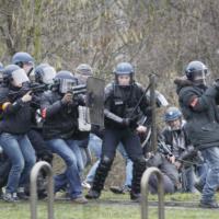 Le Parlement européen dénonce l'intervention violente disproportionnée des forces de l'ordre dans les manifestations