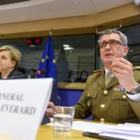 L'UE doit muscler ses capacités et réanimer les accords de Berlin Plus (Sir James Everard, OTAN)