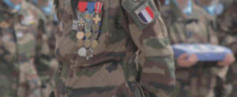 Un hussard parachutiste prend le commandement de la mission EUTM RCA à Bangui