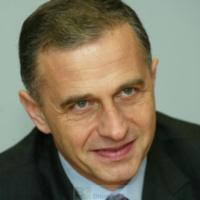 Le numéro 2 de l'OTAN sera roumain : Mircea Geoana