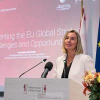 C'est l'heure des 'au revoir' pour Federica Mogherini. Succès, demi-satisfactions, et petite colère