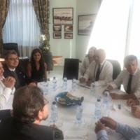 La visite surprise de Zarif à Biarritz. Objectif : un nouvel accord nucléaire, dit Macron. Vas-y, souffle Donald Trump