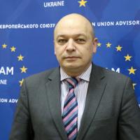 En Ukraine, la réforme de la police avance… le reste traine (Lančinskas)