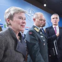 Les quatre bataillons à l'Est en ordre de marche dès 2017 (Stoltenberg) (V2)