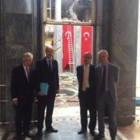 Le Parlement européen demande le gel des négociations avec la Turquie