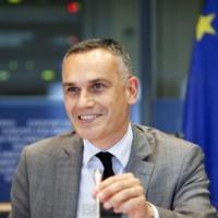 La France démarre une revue stratégique. L'eurodéputé Arnaud Danjean à la manœuvre