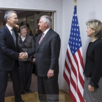 Rex Tillerson confirme l'engagement américain en Europe et le credo de l'article 5