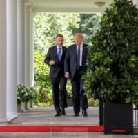 Duda veut davantage de soldats US en Pologne, Trump répond pourquoi pas