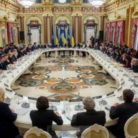 Le principe de l'adhésion de l'Ukraine à l'OTAN réaffirmé discrètement. Les réformes doivent continuer