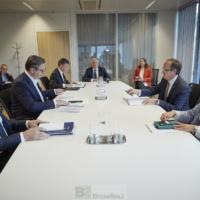 Réunion au sommet, et en personne, pour la relance du dialogue Belgrade-Pristina